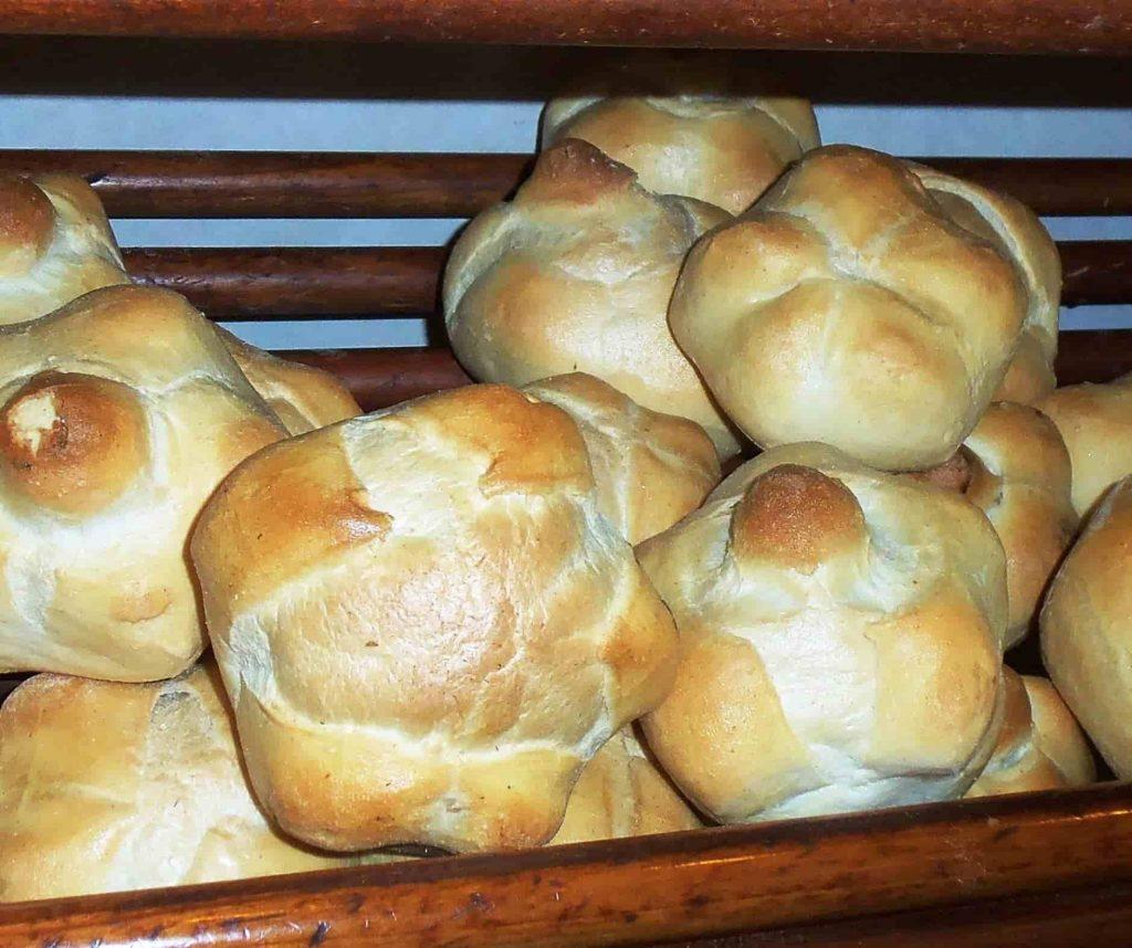 Milanese typical bread michetta