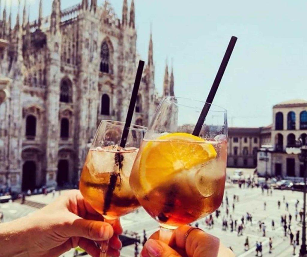 Italian aperitivo in Milan
