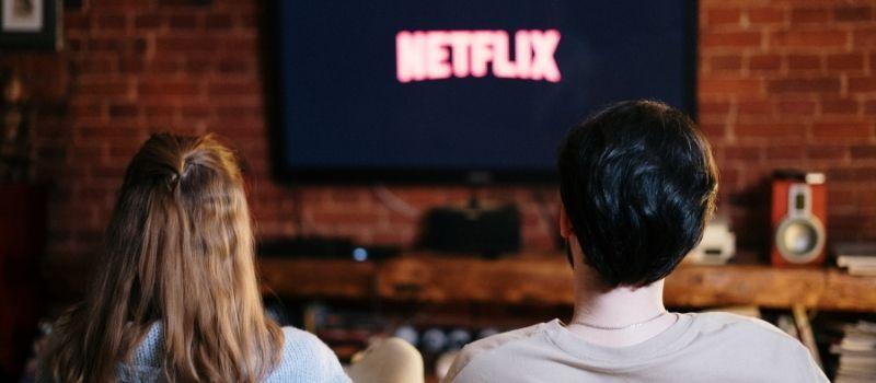 tv series on Netflix to learn Italian